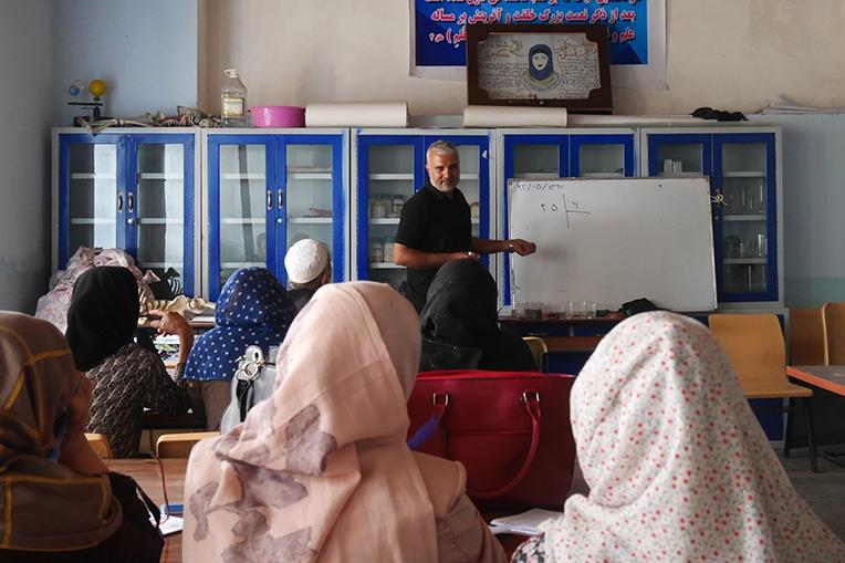 Témoignage de M. Amin, formateur en mathématiques pour AFRANE depuis 14 ans.